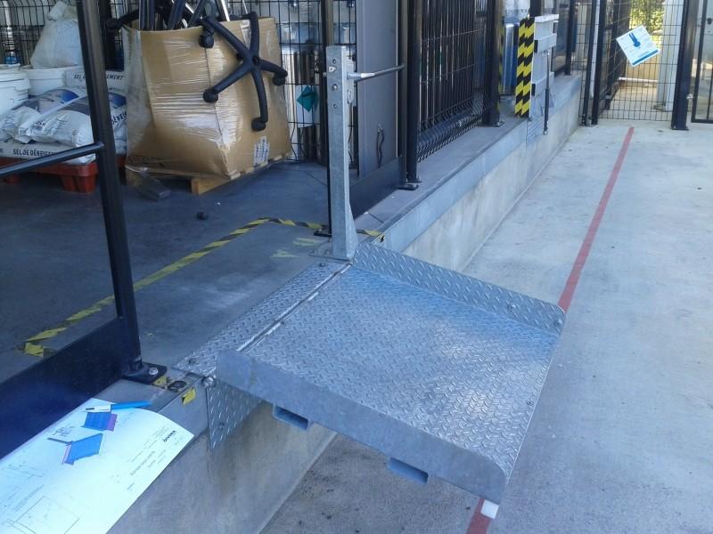 Accès sécurisé entre quai de chargement et vehicule