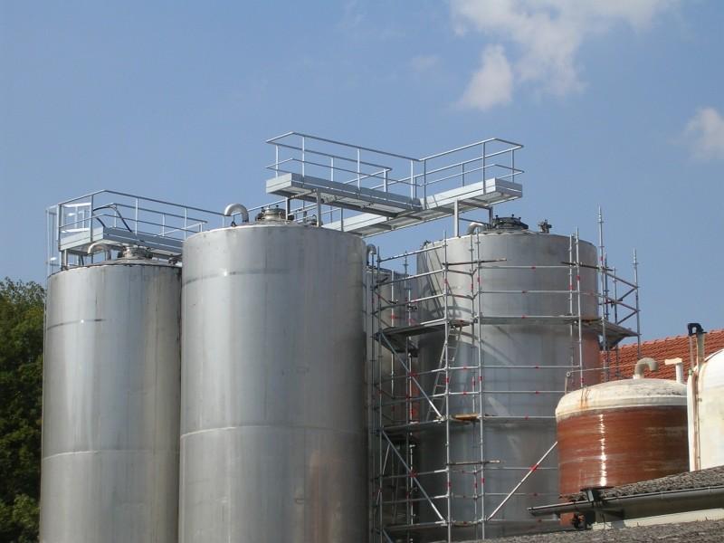 Structure métallique pour des accès en toute sécurité
