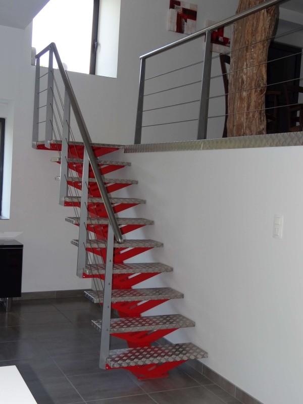 Escaliers limons centrals intérieur